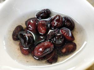 黒豆の酢漬け